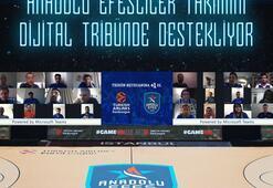 """Anadolu Efes taraftarları, Microsoft Teams'in """"Together"""" özelliğiyle Avrupa'daki ilk kez dijital tribünde yerlerini aldı"""