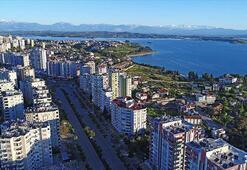 Türkiyede yerleşik her 2 yabancıdan biri kendi evinde oturuyor