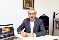 AA'dan 'Yılın Fotoğrafları' oylaması Milliyet Genel Yayın Yönetmeni Mete Belovacıklı da katıldı