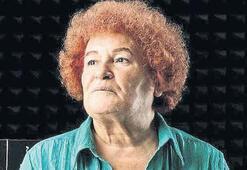 Selda Bağcan: Sol muhafazakarım, açık giyinmek ayıp geliyor