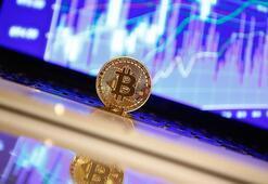Bitcoin yeni zirveden döndü