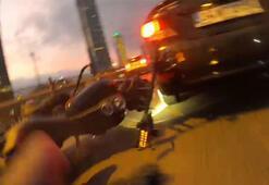 Seyir halindeki motosikletlilerin feci kazası kamerada