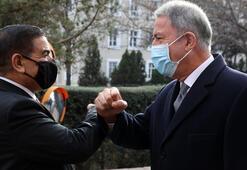 Son dakika... Bakan Akar, Iraklı mevkidaşıyla görüştü