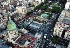 Arjantinde kürtaja onay çıktı