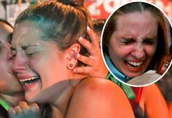Gözyaşları sel oldu Dünyada son dakika...