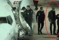 İstanbula gelen uçakta fark edildi Polis kapıda karşıladı