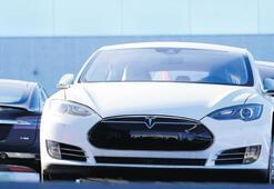 Tesla 2020'yi rekorla kapattı