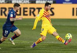 Messi asist yaptı, Barcelonaya puanı Frenkie de Jong getirdi