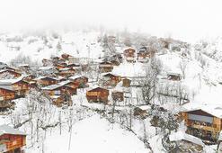 2 bin rakımlı köyün halkı, kış bastırmadan 6 aylık gıda stokluyor