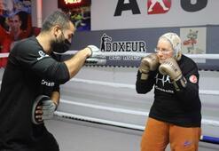 Antalyanın Süper ninesi tüm boksörlere meydan okuyor
