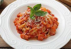 Gigi Hadid makarnası nasıl yapılır - Gigi Hadid domatesli makarna tarifi