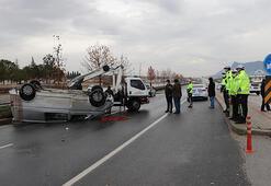 Minibüs takla attı: 3 yaralı