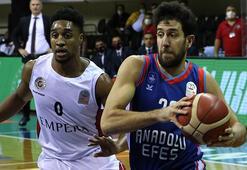 Empera Halı Gaziantep Basketbol - Anadolu Efes: 60-68