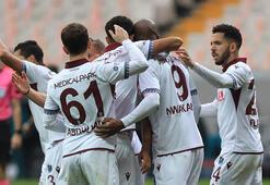 Trabzonsporun rakibi Göztepe Muhtemel 11ler...