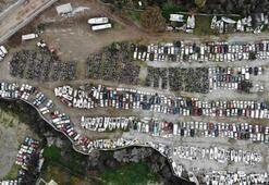 Binlerce motosiklet, yüzlerce tekne çürümeye terk edildi