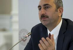 Adalet Bakanı Gül, adliye personeliyle görüştü