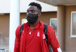Appindangoye Sivasspor ile sözleşme uzattı