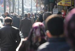 Diyarbakırda, 56 saatlik kısıtlama öncesi hareketlilik