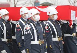 Şehit Uzman Çavuş Mehmet Çelik, Malatyada gözyaşlarıyla toprağa verildi