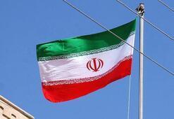 İranda borsa mağdurları hükümeti protesto etti
