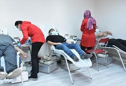 Kısıtlama günlerinde Kızılaya kan bağışı yaptılar