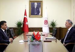 Bakan Akar, Libya Savunma Bakanı Nemruş ile buluştu