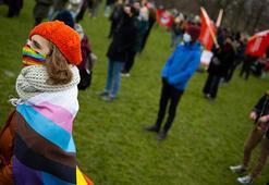Hollandada ırkçılığa ve ayrımcılığa karşı gösteri düzenlendi