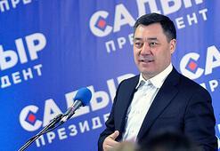 Kırgızistandaki cumhurbaşkanlığı seçimini Başbakan Caparov kazandı