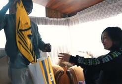 Moussa Sowdan Fenerbahçeli çocuk taraftara sürpriz