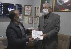 Yaşlı adam 21 yıl sonra evinin tapusuna kavuştu