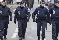 Fransada polis, dur ihtarına uymayan kadın sürücüyü öldürdü
