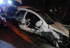 Feci kaza Otomobil hurdaya döndü