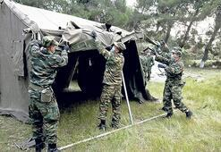 Yunanistan zorunlu askerliği uzatıyor