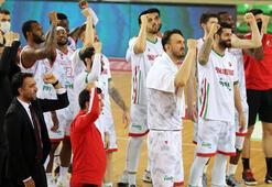 Pınar Karşıyaka, İtalyadan galibiyetle döndü