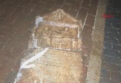 İnşaatta 2 bin yıllık mezar steli bulundu