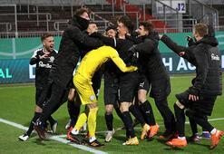 Bayern Münihi elediler, çılgınlar gibi sevindiler