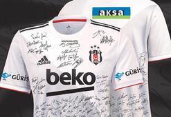 Son dakika - Taraftar imzaladı Beşiktaşta futbolcular giyecek