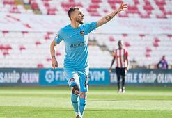 Son dakika | Beşiktaştan Maxim bombası Rumenler duyurdu...