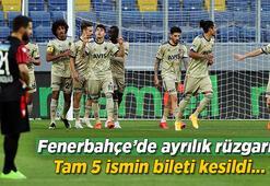 Son dakika haberleri: Fenerbahçede ayrılık rüzgarı Tam 5 ismin bileti kesildi...