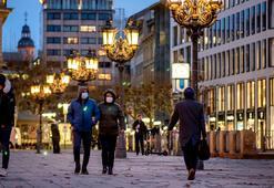Almanya koronavirüs tedbirlerini sertleştirmeye hazırlanıyor