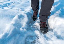 Karda düşmeden güvenli şekilde yürümenin 10 püf noktası