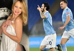 Anna Falchi, Lazio galibiyeti sonrası yine soyundu