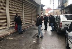 Adanada bıçaklı kavga: 3 yaralı