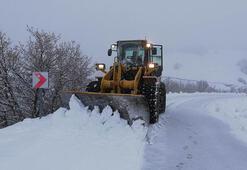 Sivasta 177 köy yolu kar nedeniyle ulaşıma kapandı