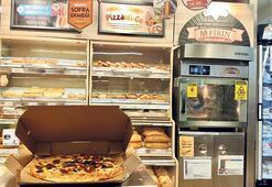 Migros mağazalarda pizza yapıp yolluyor
