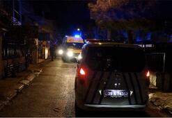 İzmirde bıçaklı kavga: 1i ağır 3 yaralı