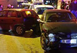 İzmir'de zincirleme trafik kazaları 14 araç hasar gördü