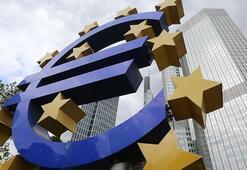Euro Bölgesinin kamu borcu artıyor