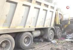 Kamyon kaldırımda uyuyan işçileri ezdi: 13 ölü