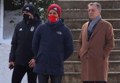 Beşiktaşta Başkan Çebi yakın takipte